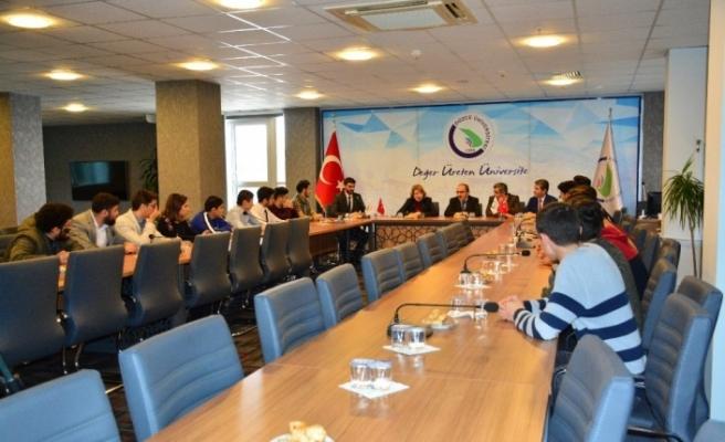 Üniversitede Dünya Azerbaycanlılar Dayanışma Günü kutlandı