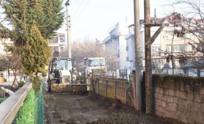 Yeni sokaklarda düzenleme devam ediyor