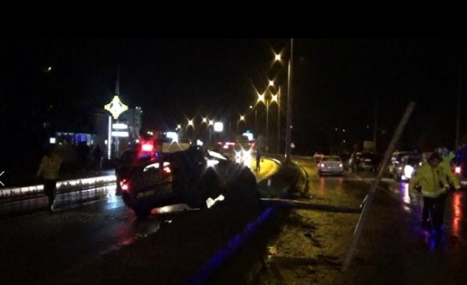 Bartın'da 5 aracın karıştığı kazada 2 kişi yaralandı