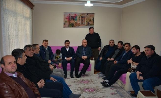 Başkan Çaylı yaralanan askeri baba ocağında  ziyaret etti