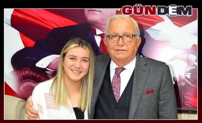 Ece Türkoğlu: POSBIYIK MANEVİ BABAMIZ