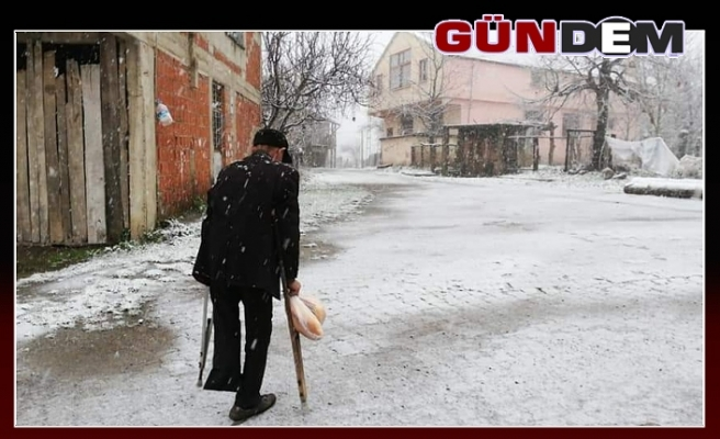 Karapınar köyüne yılın ilk karı yağdı...
