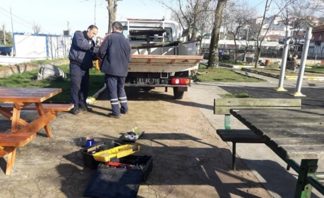 Akçakoca'da yol ve parklarda çalışmalar aralıksız devam ediyor