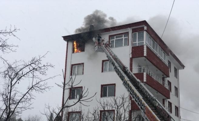 Şiddetli hortum yangın çıkarttı!..