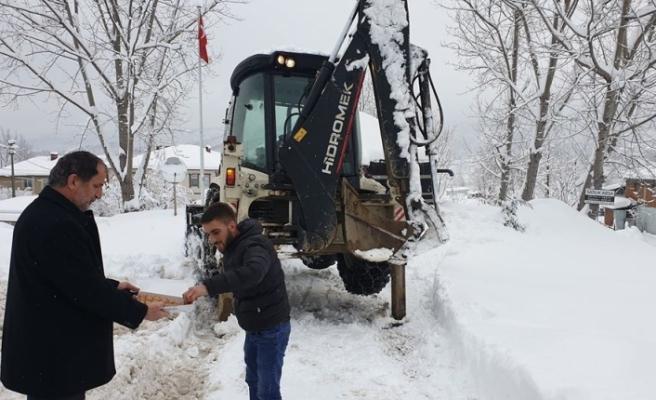 Başkan Şahin'den kar ekibine sürpriz