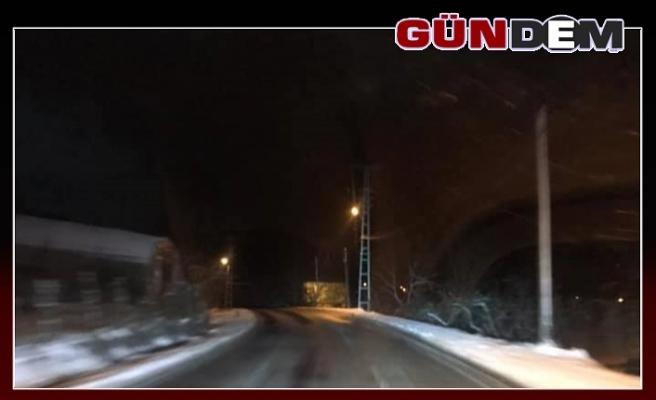 Yollardaki Gizli Buzlanmaya Dikkat!...
