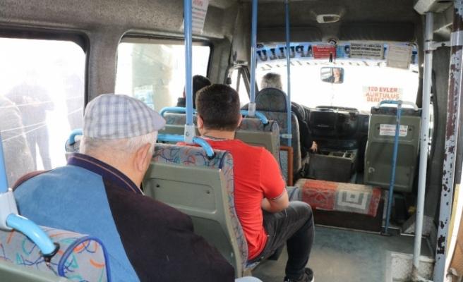 Genelge sonrası minibüslerde yolcu sayısı 7'ye düştü