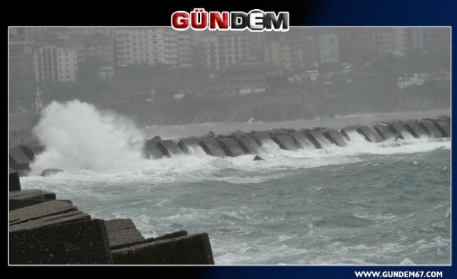 Şiddetli fırtına etkili oldu!...