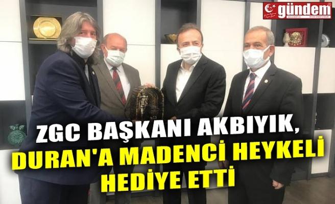 ZGC BAŞKANI AKBIYIK, DURAN'A MADENCİ HEYKELİ HEDİYE ETTİ