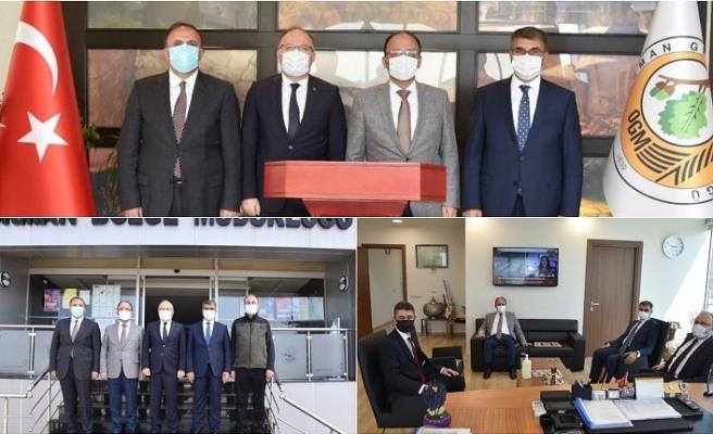 VALİLER'DEN KURURUMLARA ZİYARET