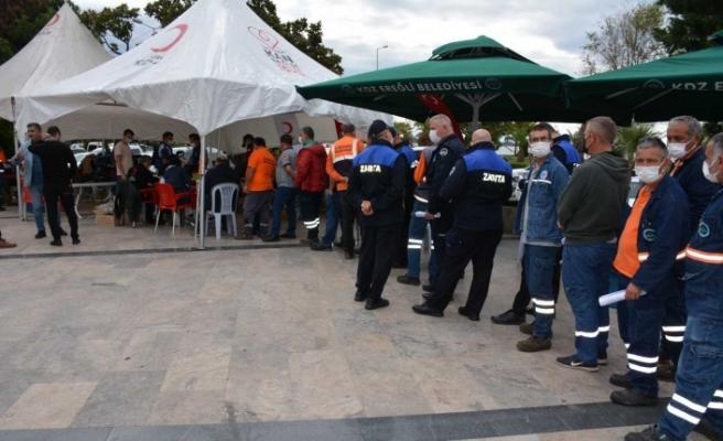 Belediye işçilerinden toplu kan bağışı