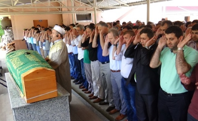 Senelik izninde Türkmenlere yardıma gittiği Suriye´de hayatını kaybetti