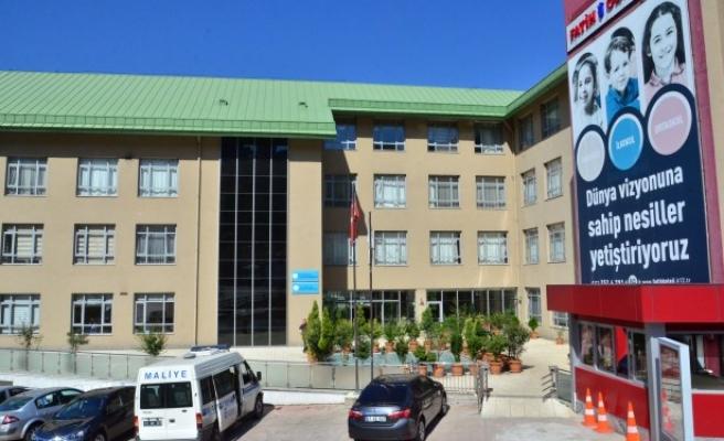 Okullara devlet tarafından el konuldu