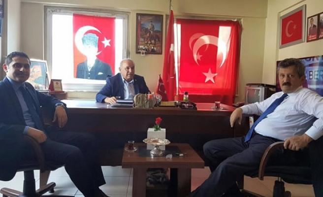AK Parti'den Şehit Aileleri Derneği´ne teşekkür ziyareti