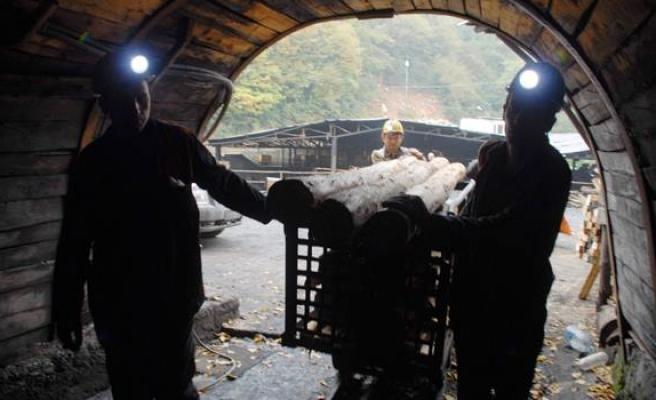 TTK, 8 bin 906 takım madenci elbisesi alımı yapacak