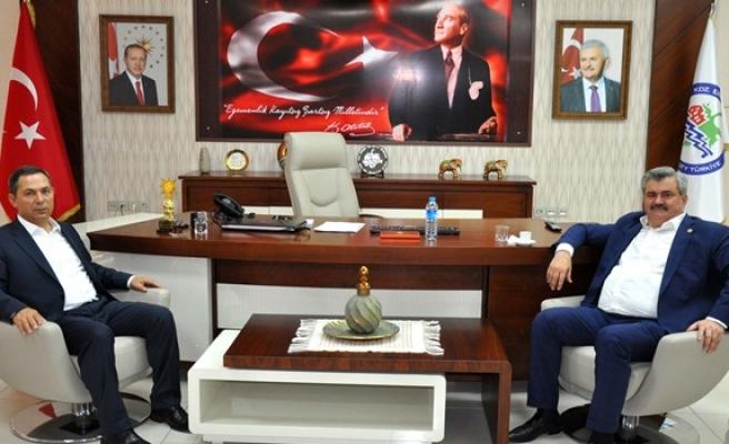 Milletvekili Çaturoğlu'ndan Başkan Uysal'a ziyaret