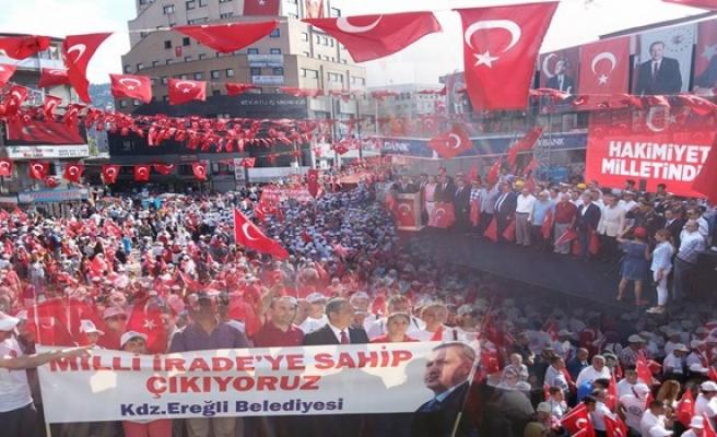 """Zonguldak """"Demokrasi ve Şehitler"""" mitinginde tek vücut oldu"""