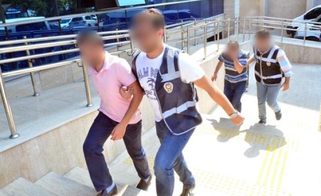 FETÖ soruşturması kapsamında 1'i kadın 12 şüpheli adliyeye getirildi