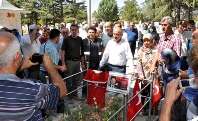 Ömer Halisdemir'in Niğde'deki şehitliğine ziyaret