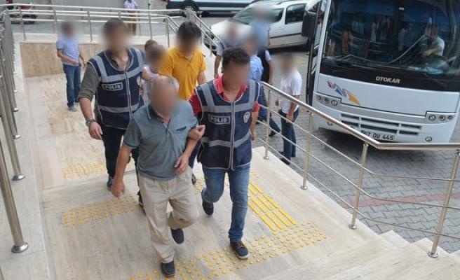 FETÖ soruşturması kapsamında  2'si kadın 9 şüpheli adliyeye getirildi