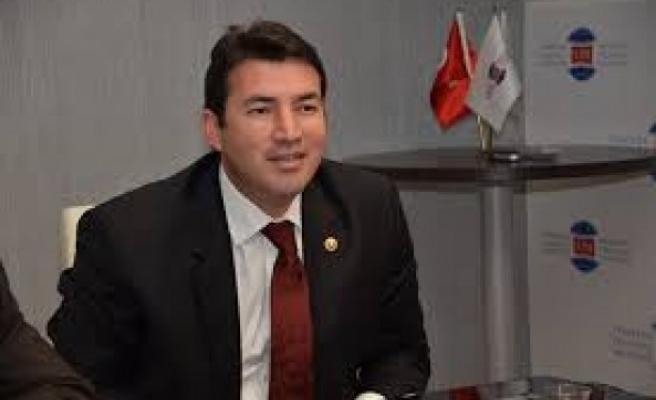Ulupınar,Türkiye'mizin ilelebet daim olması temennisiyle 30 Ağustos Zafer Bayramını kutlarım