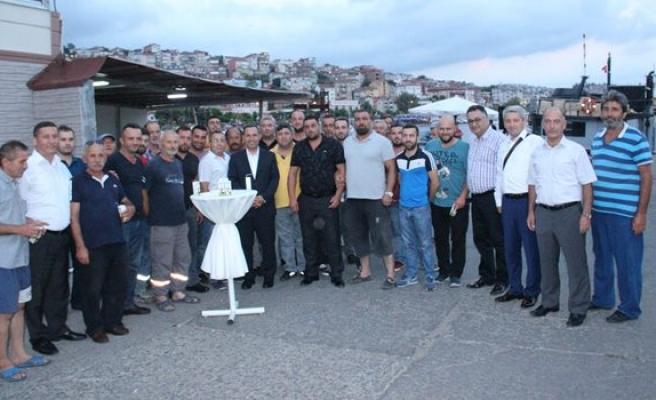Balıkçılar kurban kesip 'Vira Bismillah' dedi