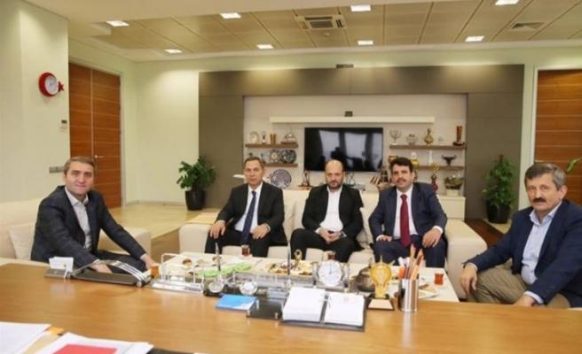 Başkan Uysal,İl ve İlçe Başkanı ile birlikte