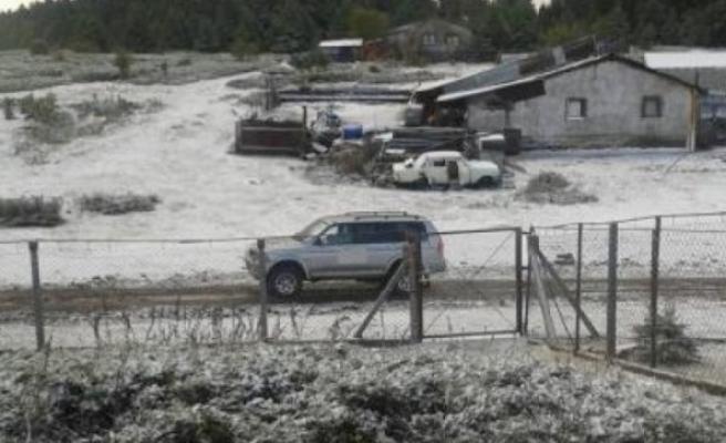 Sezonun ilk karı yağdı