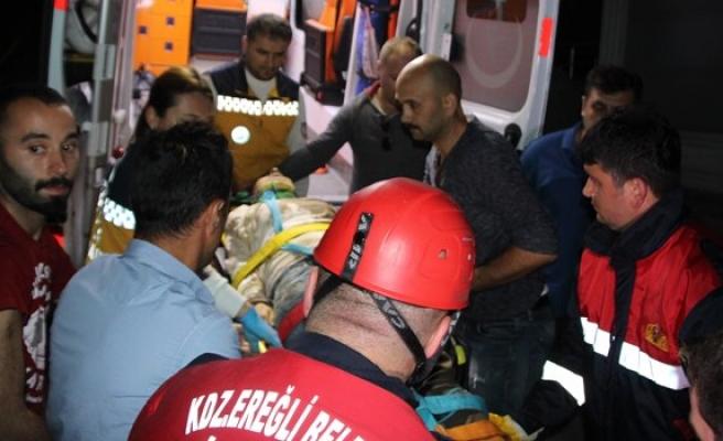 4 metreden inşaat alanına düşen kadın ağır yaralandı