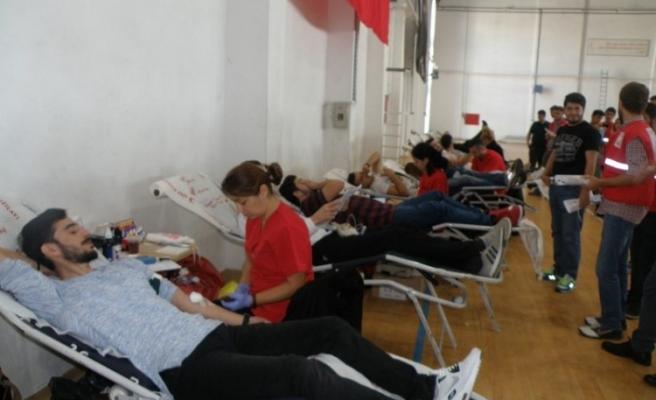 Alaplı MYO'da kan bağışı kampanyası düzenlendi