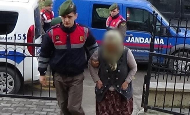 Ereğli´de komşusunu 3 yerinden bıçaklayan kadın tutuklandı