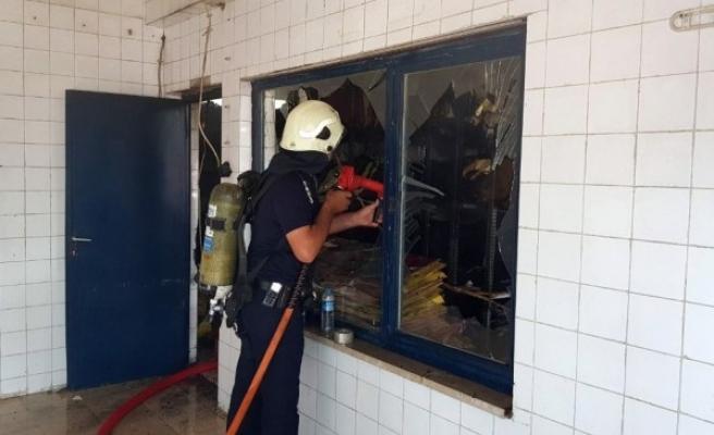 Eski SSK Hastane Arşiv Deposu Yandı