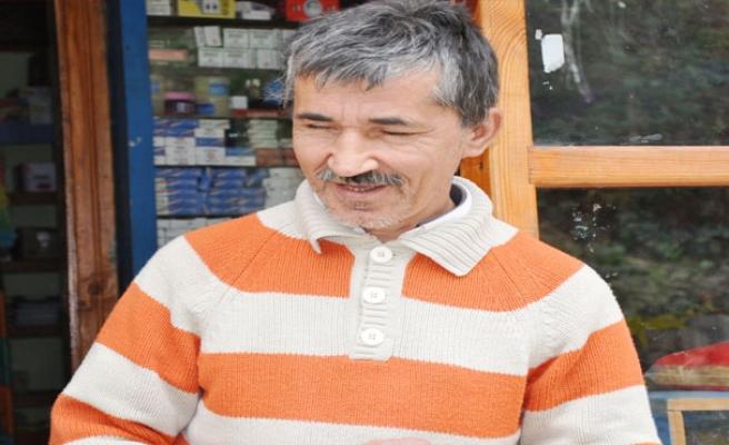 """Görme engelli """"Şen Bakkal""""ın şaşırtan hafızası"""