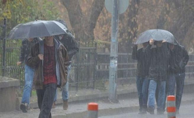 İtfaiye müdürlüğü kuvvetli yağış uyarısında bulundu.