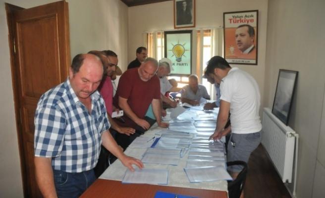 Ak Parti'de Akçakoca Teşkilatı Sandığa Gitti