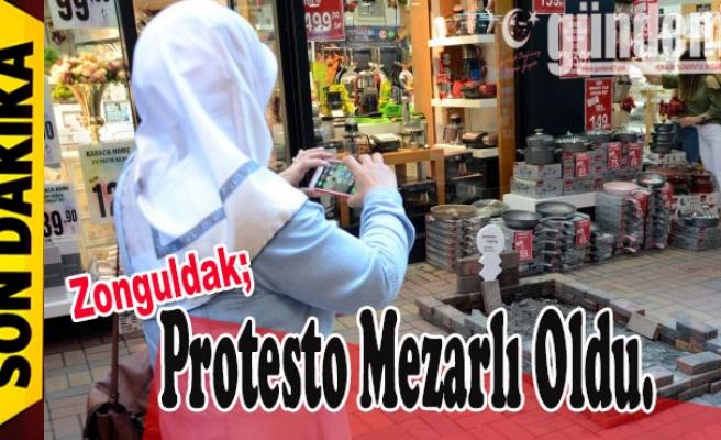 Protesto Mezarlı Oldu