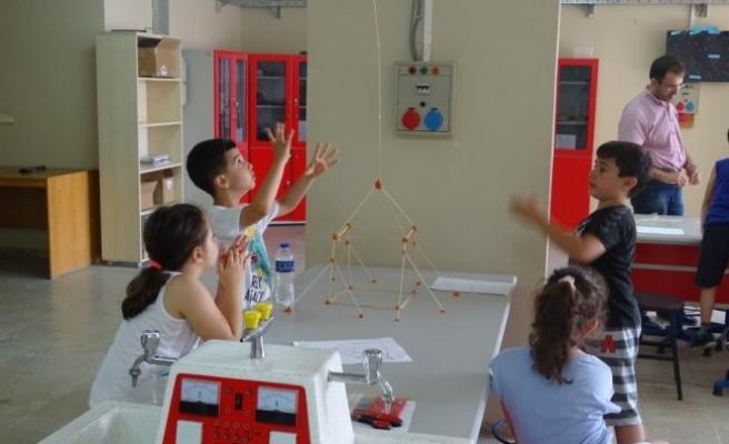 Düzce Çocuk Teknopark Eğitim Programı Tören