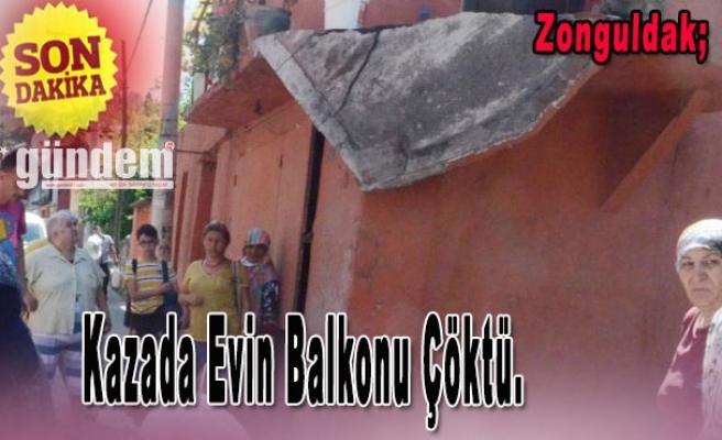 Kazada Evin Balkonu Çöktü.