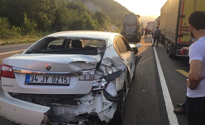 Bolu Dağı Üçköprü mevkinde Trafik Kazası: 1 Yaralı