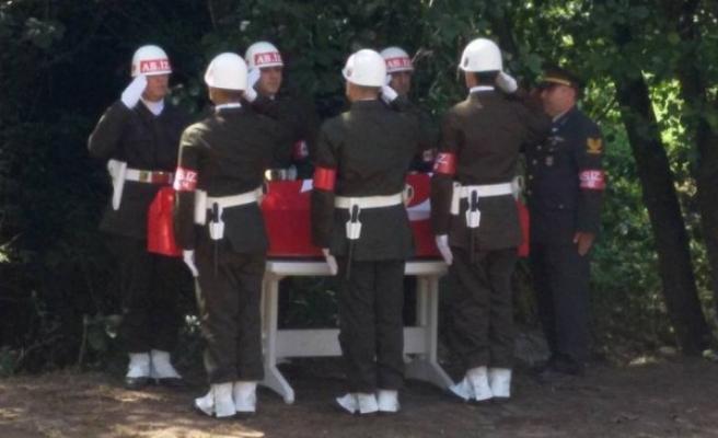 Kıbrıs gazisi Akçakoca'da son yolculuğuna uğurlandı