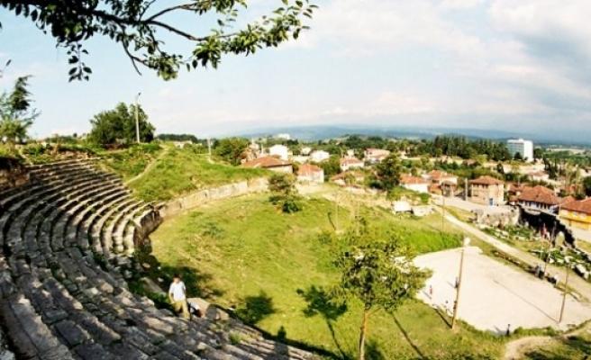 Burası Batı Karadeniz'in, kazısı yapılan tek antik tiyatrosu