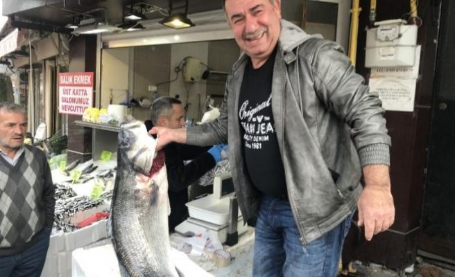 Balıkçıdan 25 kiloluk levrek çıktı