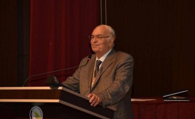 Prof. Dr. Konukçu için saygı günü düzenlendi...