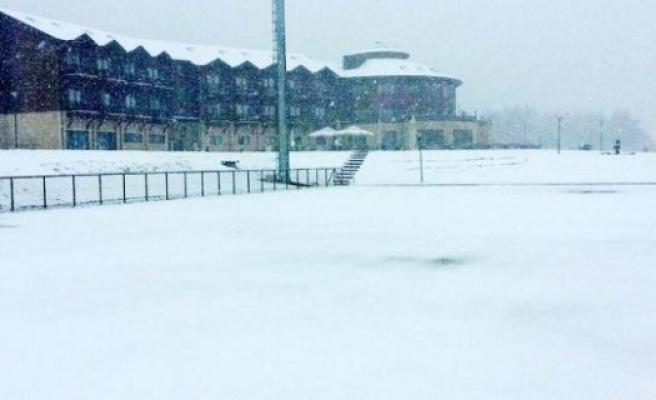 Yüksek Kesimlerinde Kar Yağışı...