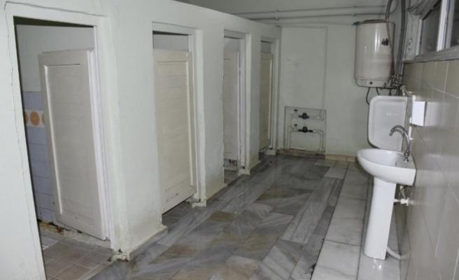 Düzce'de cami tuvaletleri ücretsiz hizmet veriyor....
