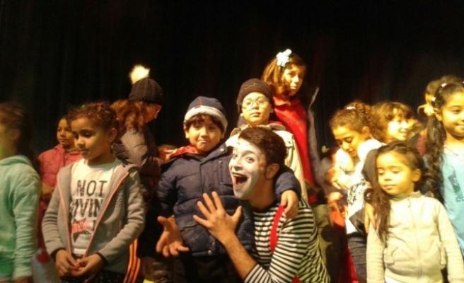 Çocuk oyununa uluslararası festivallerden büyük ilgi...