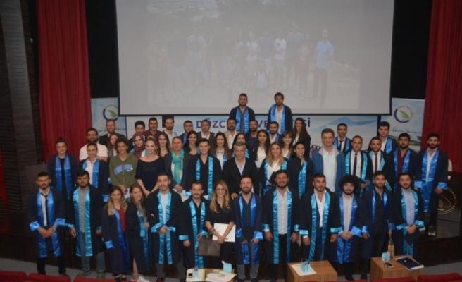 Düzce Üniversitesi Spor Bilimleri Fakültesi araştırma projesi sunum programı düzenledi