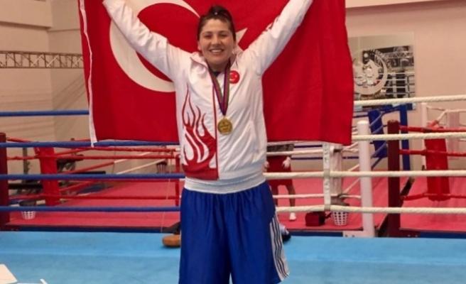 Milli boksör Demir'e kaptanlık görevi