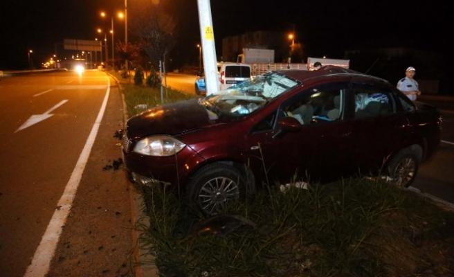 Düzce'de trafik kazası: 1'i çocuk 3 kişi yaralandı.
