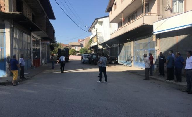Düzce'de iki kişi arasında çıkan kavga: 1 Yaralı